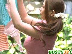 巨乳の継母